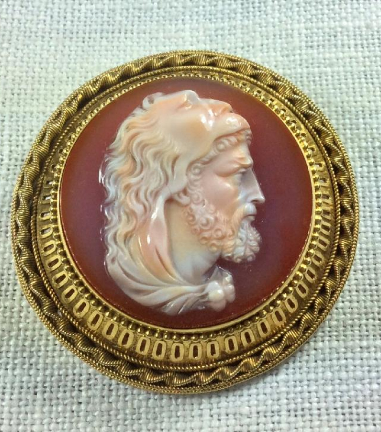 Outstanding Hard Stone Cameo of Hercules