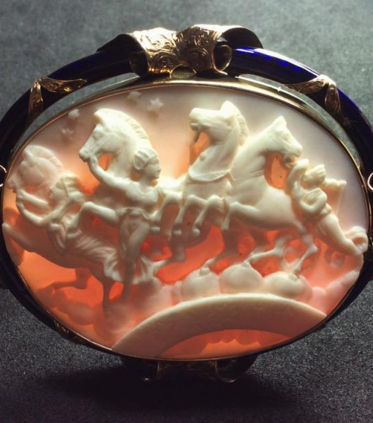Exceptional Cameo of the Hours Leading the Horses of the Sun