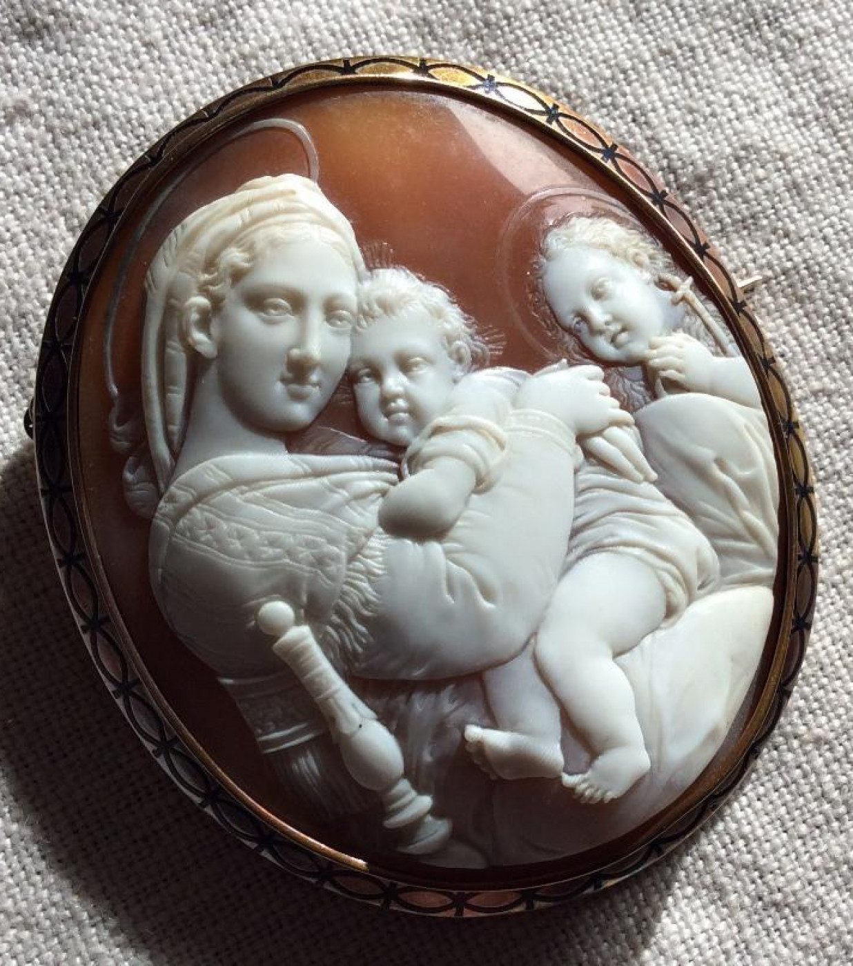 Cameo Brooch of the Madonna of the Chair